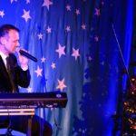 Koncert Świąteczny z Damianem Holeckim (09)